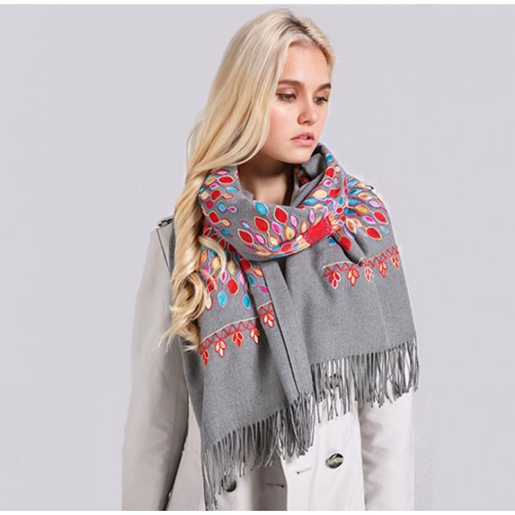 Кашеміровий шарф вишитий сірий з Непалу