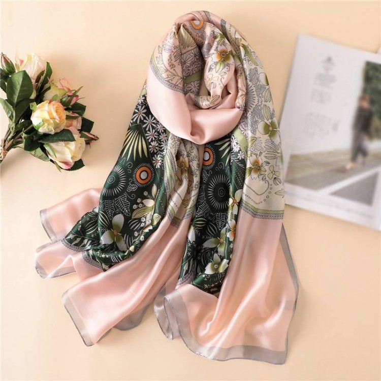 Жіночий шовковий шарф вінтажний