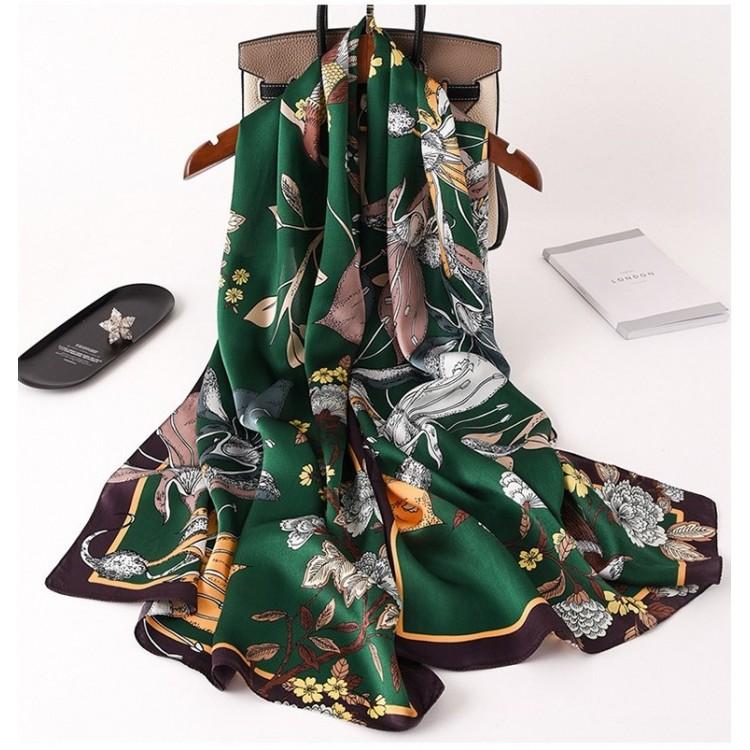 Жіночий шарф шовковий зелений натуральний
