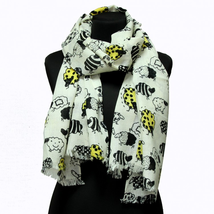 Женский шарф овечки