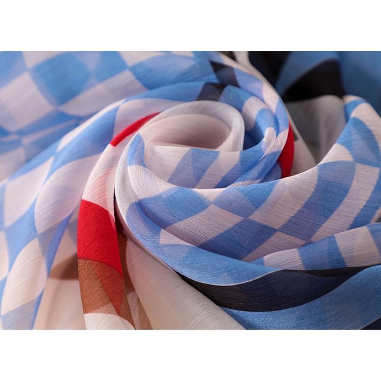 Шерстяной шарф многоцветный