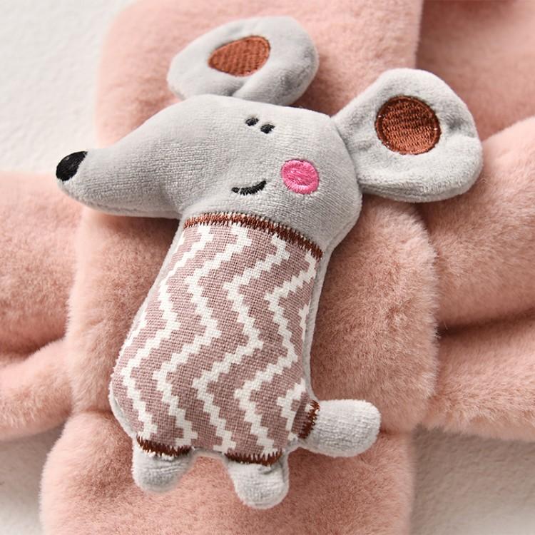 Меховый шарф мышонок пудровый