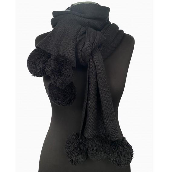 В'язаний шарф з помпонами чорний