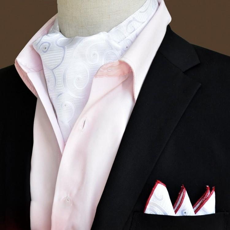 Шийна хустка біла з візерунком в наборі