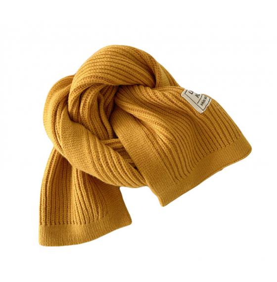 В'язаний шарф короткий