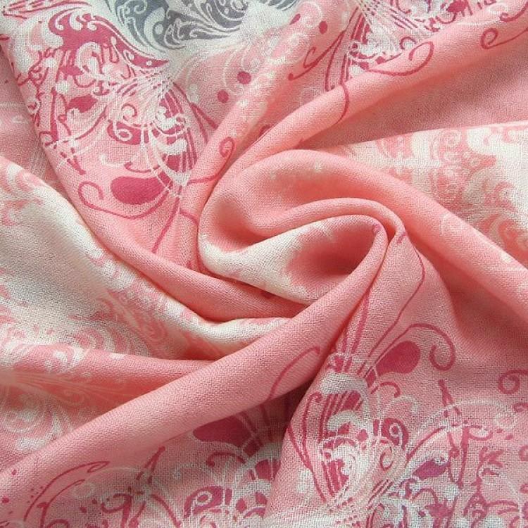 Шерстяной шарф романтичный