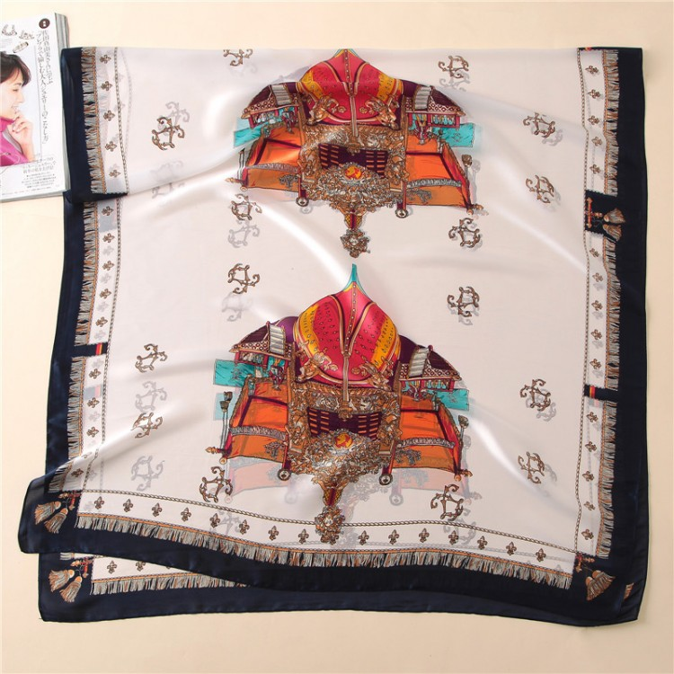 Шелковый шарф винтажный стиль