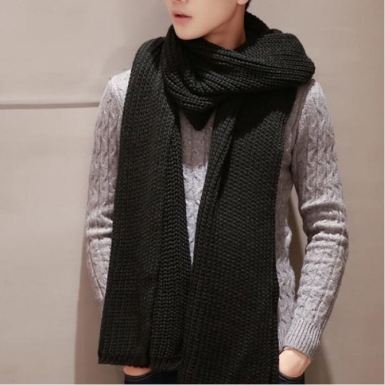 Вязаный шарф грубой вязки