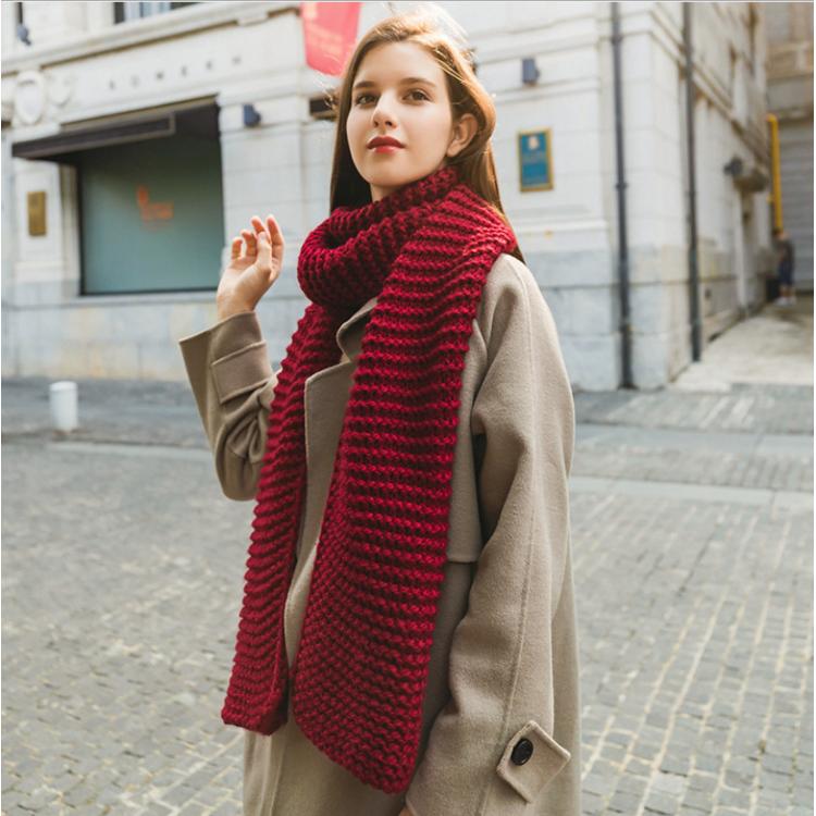 Жіночий шарф вовняний довгий грубої в'язки